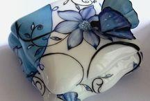 Les boites en porcelaine / Des boites à pilules, des bonbonnières, des coffrets , pour des cadeaux d' en porcelaine fine de limoges