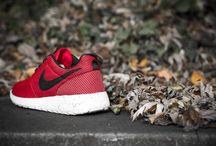 kicks / Kicks, sneakers