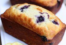 Baking / by Dolores Villarreal