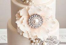 Elegant cakes. For comp.