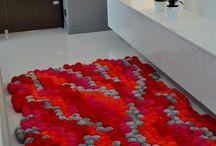 dywanik z pomponow