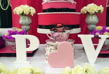 Chá de Lingerie Preto e Pink / Chá de Lingerie Pink e Preto, realizado em fevereiro/2015. Segunda decoração, e primeira como Divine Decorações. Confira nossas novas festas no blog http://www.divinedecoracoes.com.br/