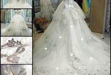 wedding dresses <3