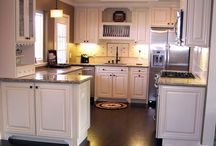 Tiny Kitchen ideas / A tiny kitchen need not mean you cannot cook!
