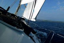 """Tengeri Hajóvezetői Jogosítvány 1nap Alatt! / Akció ! Egy nap alatt Nálunk Zadarban Örök Tengeri Hajovezetoi Jogosítványt Szerezhet! Leírása :  30 tonnaig hasznalhato a jogositvany,14 méterig,16foig. Motoros-vitorlas hajókra egyarant.Elsősorban a Horvát felsegvizekre. Ha máshol is szeretne használni a,tájékozódjon  a helyi lehetőségekről.Leiras a vizsgamenetrol: ÖRÖK JOGOSITVANY! Kedvtelésből celu  Horvát """"B"""" kategóriás tengeri jogosítvány  A vizsga 400 EUR-ért a horvátországi Zadarban szerezhető meg 1 nap alatt!  web: www.horvatapartman.eu"""