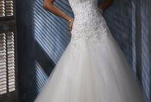   Fairytale Wedding Dresses   / by Clare Kellett