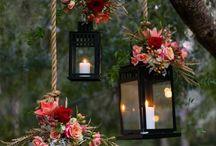 Hanging Lanterns / Black lanterns with flowers