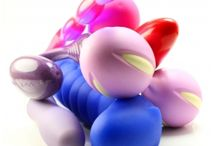 MANUAL DE JUGUETES ERÓTICOS / Manual práctico que os ayudará a poder hacer una buena elección de vuestro juguete erótico, saber como cuidarlo y os dejamos algún juego erótico en pareja para que disfruteis vuestro juguete mas a fondo umm..... http://www.juegodedos.es/Noticias/MANUAL-JUGUETES-EROTICOS