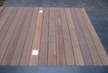 Sierbestrating overgang naar hout