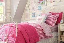 HOUSE ::  Girl's Room