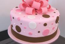 Cakes/CupCakes / by Carmelita McCoy