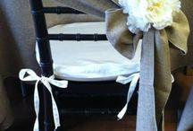 stoličky s mašlou