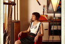 Emilie Rey: créations d'inspiration rétro / Présentation des créations d'Emilie Rey: une mode féminine et colorée inspirée des années 20 et 50 notamment.
