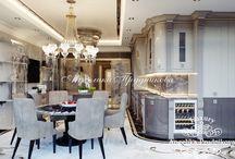 Дизайн проект интерьера квартиры в стиле Ар Деко в ЖК Гранд Парк / В ЖК Гранд Парк можно увидеть утончённый дизайн интерьера в стиле Ар Деко. В квартире преобладает светлые и золотые цвета. В комнатах много света, всё блестит и сияет, а кремовые тона создают уют. Мебель и детали оформления полностью передают атмосферу роскоши. Изящный дизайн будет по нраву даже самым искушённым эстетам.