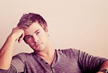 Chris Hemsworth / by Alana Leggett