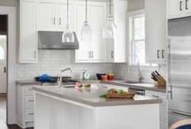 Kitchens / by Amy Schenkenberger