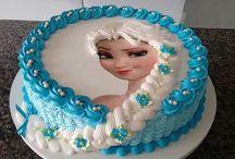 frozen cake  -lindy (shaun diving)
