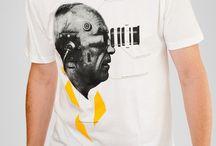 T-shirts og streetwear / T-shirts er statements. Hos VEST by VEST finder du kunne unikke, fede t-shirts inden for casual streetwear og urban mode, der eksklusivt sælges hos VEST by VEST. Vi elsker t-shirts med all-over fotoprint eller grafisk print.