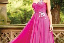 2012 Abiye Modelleri / 2012 damgasını vuran en moda ve trend abiye elbise modellerini buradan takip edebilirsiniz.