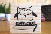 Biterswit Ex Libris Stamps / Segells per donar un toc personal els teus llibres · Sellos para dar un toque personal a tus libros.   #exlibris #stamps #woodstamps #exlibrisstamps
