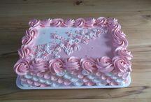 decor cakes