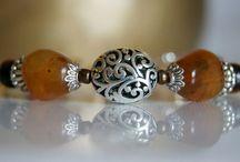 Mineral jewellery - Ásvány ékszerek / Jewelleries (necklace, earrings, bracelet, ring) made of mineral beads - Ásványokból készült fülbevalókat, nyakláncokat, gyűrűket, karkötőket és ékszer szetteket találhatsz itt.
