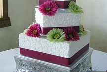 wedding cake / by Laura Lewis