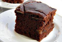 prăjitură cacao si mere