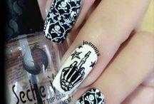 Goth Girl Nails / Gothic nails nail polish nail art
