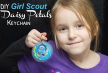 Girl Scout Troop Ideas / Girl Scouts, Daisy, Brownie and Cadette troop ideas for crafts and meetings