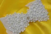 tiara com flores de guipir