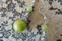 World treasury earrings / A range of earrings coming from the whole world
