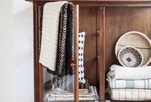 wardrobe / shelve