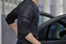 Hot Guy >.<