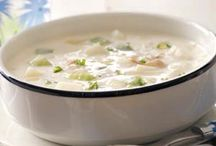 Soups/Stews/Chili/Chowders, Etc... / by Tiffanee LC