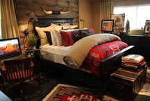 Master bedroom / by Ciana Coelho-Morris