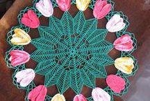 Szydełko - serwetki kwiatowe