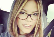 Car Selfies Girls / Car Selfies are sending us into overdrive