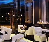 C-HOUSE Lounge, Iasi / Mobilierul de lux, extravagant, fermecator si glamuros specific fiecarei locatii internationale C-HOUSE il puteti acum descoperii si in cafeneaua din Iasi. Respectand conceptul propus de designeri, am reusit sa realizam pentru aceasta cafenea un mobilier de bun gust, elegant, perfect cu produsele italiene promovate. In concluzie, un lounge-cafe reprezentativ realizat pentru orasul Iasi.