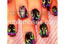 nails / by Ariel Bobbitt