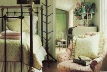 Cottage Charm / by Wendy Drake