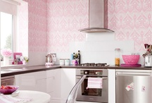 Pretty Pink Wallpaper / by Rhiannon Nicole Bosse