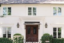 Exteriors / Houses and street view; look around you and you will discover beautiful houses