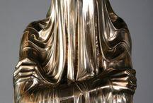 Gold for eye. / https://www.youtube.com/watch?v=3yDP9MKVhZc