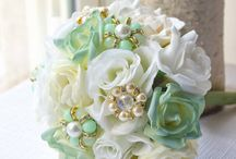 Mint-Gold Wedding