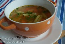 http://www.dulcesarat.blogspot.ro/2016/04/ciorba-de-fasole-pastai-de-post.html