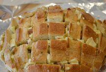 Pull apart bread loaf