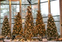 Winter Weddings At The Pond House / A peek at our new holiday decor!  Gold, Silver and White are stunning!