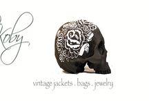 byKoby.nl / bykoby.nl is de webshop voor unieke treasures; vintage army jacks, puur zalm leren clutches en binnenkort ook speciale sieraden.