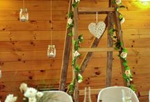 Lakeside Wedding Decor / Chic and rustic decor ideas for a lakeside or garden wedding inspired by Lakes Lodge Wilderness Retreat. For more photo inspiration, view our gallery here: http://www.lakeslodge.co.nz/weddings-and-accommodation/wedding-images